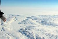 格陵兰岛冰川下首次发现巨型陨石坑:直径约31公里