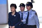 朴槿惠再被判刑:所涉案总刑期共33年 出狱或年近百岁
