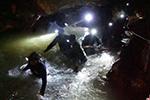 英潜水员救出泰国山洞被困少年获授勋