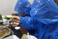 还有这种操作?这4个姑娘吃火锅的照片惊呆网友