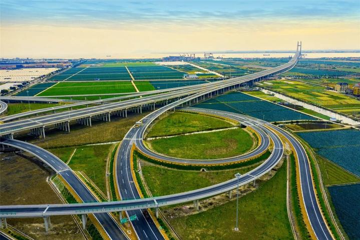 浙江沿海高速公路象山至乐清段正式通车 下午两点可上