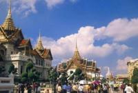 19岁中国交换生泰国清迈公寓坠亡
