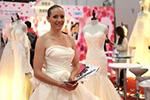 第94届香港结婚节暨情人节婚纱展举行