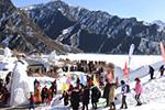 新疆天池:冬季旅游持续增温