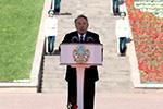 哈萨克斯坦总统签署命令解散政府:经济无积极变化