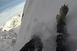 惊险!男子不慎从波兰最高雪山滑下幸及时刹停