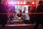 美国一载57人大巴翻车致2死30余伤 伤者中含多名华人
