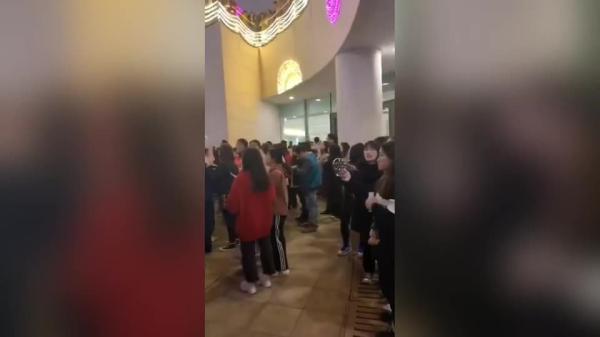 跑男在东部新城录制 王嘉尔、李晨、朱亚文…你最爱谁?