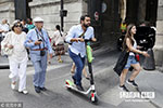 法国9月起将禁止电动踏板车上人行道