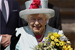"""英国女王招聘""""社交媒体小编"""" 年薪3万英镑学历不拘"""