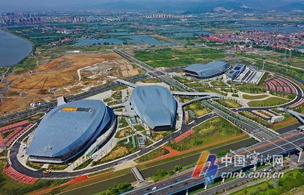 空中看最新的宁波奥体中心图片