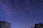 """天文学家担心美国""""星链""""计划""""污染""""星空 影响宇宙观测"""