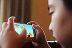 2岁半女童近视900度!家长们别再把手机当哄娃神器了
