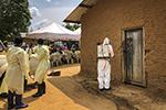 """刚果(金)埃博拉疫情十个月""""无停止迹象"""" 1400人死亡"""