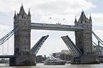 伦敦塔桥迎来125周岁生日