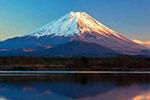 富士山正式迎来登山季 静冈、山梨两侧登山道全部开放
