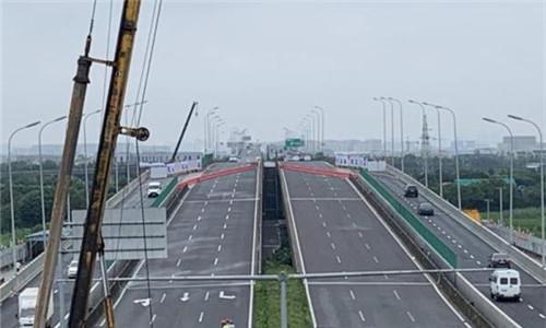 宁波机场快速路南延工程重要进展:主线高架全面施工