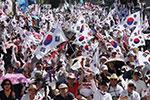 """10万人上街!这个""""8・15"""" 韩国反日示威比以往更激烈"""