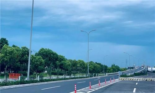 东外环路快速化工程道路整治段工程完成综合验收