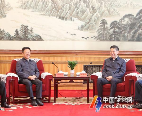 建立更加紧密的互利合作关系 王建军刘宁与郑栅洁座谈
