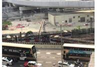港铁发生列车出轨事故 红�|站关闭