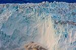 冰封下的格陵兰岛 冰川崩塌碎冰漂满海面