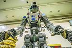 宇航员对机器人同事的印象