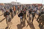 土耳其地面部队进入叙利亚东北部 老百姓纷纷逃难