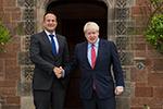 """英爱两国领导人会面后表态积极 称协议""""脱欧""""仍有希望"""