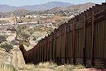 """特朗普吹嘘边境墙""""不可攀越"""" 攀岩爱好者:你确定?"""