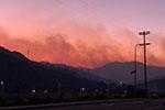 美加州山火致至少3人丧命