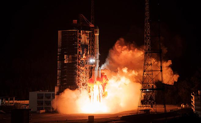 直冲苍穹!我国成功发射通信技术试验卫星四号