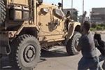 """美军撤离叙利亚北部 库尔德人用土豆""""送行"""""""
