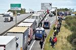 又一冷藏货柜车中发现8名非法移民 目的地也是英国