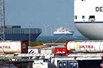 比利时警方从冷藏集装箱卡车中解救出12名非法移民