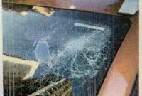 上海男子从14楼扔刀扔电脑泄愤 获刑一年