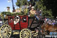 洛杉矶举行2020新年玫瑰花车游行