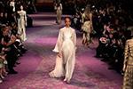 巴黎高级定制时装周:迪奥发布春夏新品