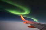 飞行途中偶遇极光