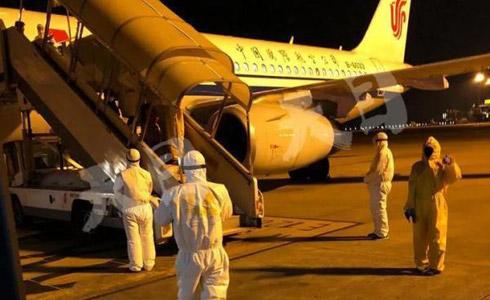 飞抵杭州 宁波籍华侨讲述从意大利回国经过 现已在隔离