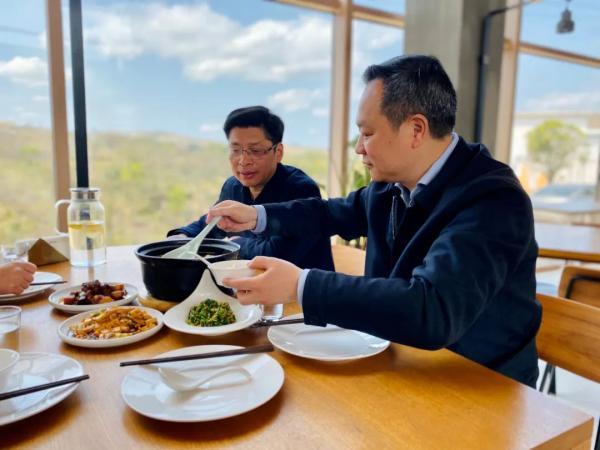 余姚市委书记奚明带头为农家美食打CALL 看看他点了什么菜