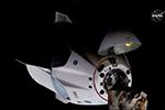 """SpaceX""""龙""""载人飞船与国际空间站对接"""