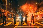 美国洛杉矶警方逮捕400名示威者 大部分因为抢劫