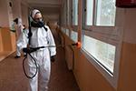 希腊:校园消毒迎复课