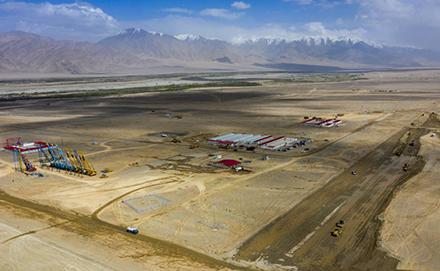 新疆海拔最高机场