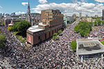 多国爆发游行示威 反对种族主义、歧视和粗暴执法