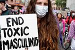 瑞士数千女性大规模抗议活动:尖叫1分钟默哀1分钟