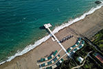 土耳其鼓励游客来海滨度假:确诊了政府报销住院费