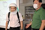 日本研发头盔型口罩:形如宇航服 能调控温度