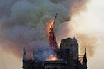 法国总统马克龙表态支持巴黎圣母院塔尖按原样重建